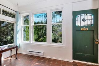 Photo 29: 121 Robertson St in : Vi Fairfield East House for sale (Victoria)  : MLS®# 854359