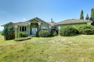 Main Photo: 41 SLOPES Road SW in Calgary: Springbank Hill Detached for sale : MLS®# A1026502