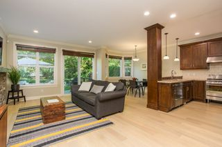 Photo 9: 2028 MAHON Avenue in North Vancouver: Central Lonsdale House for sale : MLS®# R2499004