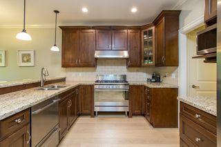 Photo 10: 2028 MAHON Avenue in North Vancouver: Central Lonsdale House for sale : MLS®# R2499004