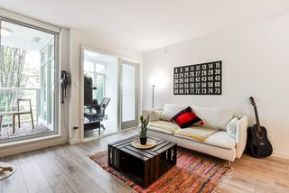 """Photo 9: 310 161 W GEORGIA Street in Vancouver: Downtown VW Condo for sale in """"COSMO"""" (Vancouver West)  : MLS®# R2503514"""