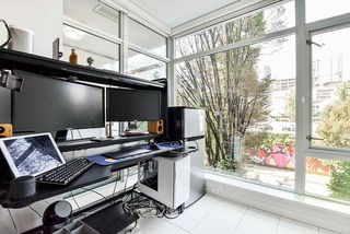 """Photo 12: 310 161 W GEORGIA Street in Vancouver: Downtown VW Condo for sale in """"COSMO"""" (Vancouver West)  : MLS®# R2503514"""