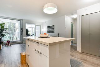 """Photo 7: 310 161 W GEORGIA Street in Vancouver: Downtown VW Condo for sale in """"COSMO"""" (Vancouver West)  : MLS®# R2503514"""