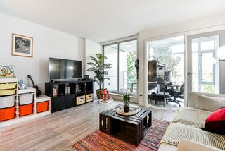 """Photo 10: 310 161 W GEORGIA Street in Vancouver: Downtown VW Condo for sale in """"COSMO"""" (Vancouver West)  : MLS®# R2503514"""