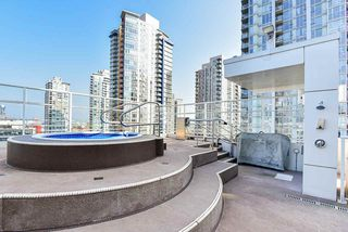 """Photo 26: 310 161 W GEORGIA Street in Vancouver: Downtown VW Condo for sale in """"COSMO"""" (Vancouver West)  : MLS®# R2503514"""