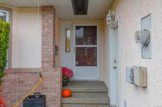 Photo 4: 1031 Adeline Pl in : SE Broadmead House for sale (Saanich East)  : MLS®# 858823