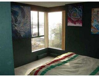 """Photo 7: 302 420 CARNARVON Street in New Westminster: Downtown NW Condo for sale in """"CARNARVON PLACE"""" : MLS®# V562687"""