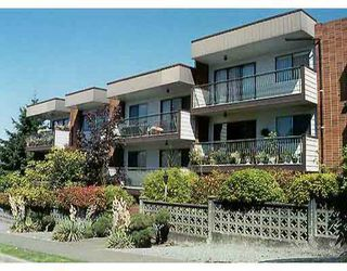 """Main Photo: 105 2033 TRIUMPH ST in Vancouver: Hastings Condo for sale in """"MACKENZIE HOUSE"""" (Vancouver East)  : MLS®# V595415"""