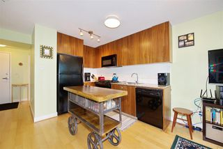 "Photo 9: 306 1030 W BROADWAY Street in Vancouver: Fairview VW Condo for sale in ""La Columa"" (Vancouver West)  : MLS®# R2388638"