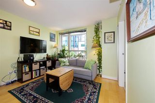 "Photo 3: 306 1030 W BROADWAY Street in Vancouver: Fairview VW Condo for sale in ""La Columa"" (Vancouver West)  : MLS®# R2388638"