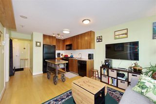"Photo 7: 306 1030 W BROADWAY Street in Vancouver: Fairview VW Condo for sale in ""La Columa"" (Vancouver West)  : MLS®# R2388638"