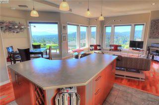 Photo 8: 3573 Sun Vista in VICTORIA: La Walfred House for sale (Langford)  : MLS®# 820106