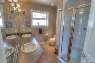 Photo 15: 3573 Sun Vista in VICTORIA: La Walfred House for sale (Langford)  : MLS®# 820106