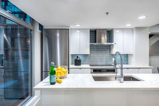"""Photo 1: 312 1255 SEYMOUR Street in Vancouver: Downtown VW Townhouse for sale in """"ELAN"""" (Vancouver West)  : MLS®# R2397148"""