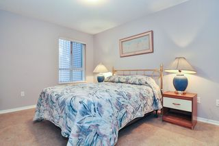 "Photo 10: 216 22022 49 Avenue in Langley: Murrayville Condo for sale in ""MURRAY GREEN"" : MLS®# R2409902"