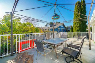 """Photo 17: 810 EIGHTH Street in New Westminster: Moody Park House for sale in """"Moody Park"""" : MLS®# R2416187"""
