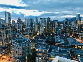 "Photo 13: 3208 198 AQUARIUS Mews in Vancouver: Yaletown Condo for sale in ""AQUARIUS II"" (Vancouver West)  : MLS®# R2422865"