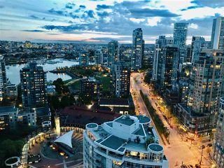 "Photo 12: 3208 198 AQUARIUS Mews in Vancouver: Yaletown Condo for sale in ""AQUARIUS II"" (Vancouver West)  : MLS®# R2422865"