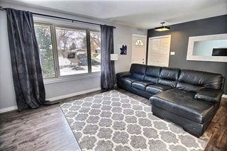 Photo 3: 5 GRANDORA Crescent: St. Albert House for sale : MLS®# E4205153
