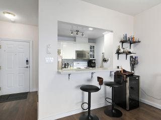 """Photo 9: 1004 6838 STATION HILL Drive in Burnaby: South Slope Condo for sale in """"Belgravia"""" (Burnaby South)  : MLS®# R2491540"""