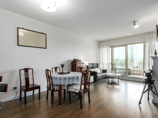 """Photo 2: 1004 6838 STATION HILL Drive in Burnaby: South Slope Condo for sale in """"Belgravia"""" (Burnaby South)  : MLS®# R2491540"""
