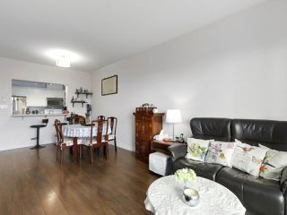 """Photo 5: 1004 6838 STATION HILL Drive in Burnaby: South Slope Condo for sale in """"Belgravia"""" (Burnaby South)  : MLS®# R2491540"""