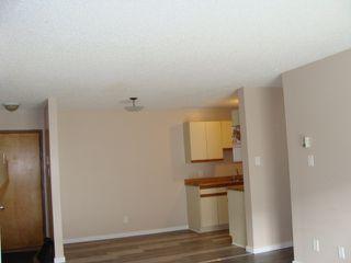 Photo 6: 108 10136 160 Street in Edmonton: Zone 21 Condo for sale : MLS®# E4216606