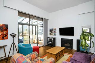"Photo 1: PH3 1435 NELSON Street in Vancouver: West End VW Condo for sale in ""The Westport"" (Vancouver West)  : MLS®# R2510258"