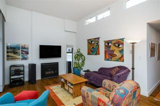"Photo 3: PH3 1435 NELSON Street in Vancouver: West End VW Condo for sale in ""The Westport"" (Vancouver West)  : MLS®# R2510258"