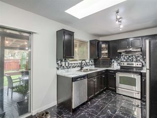 Photo 2: 22830 ABERNETHY Lane in Maple Ridge: East Central House for sale : MLS®# R2523314