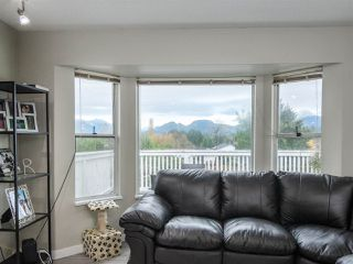 Photo 6: 22830 ABERNETHY Lane in Maple Ridge: East Central House for sale : MLS®# R2523314