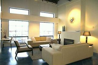 """Photo 2: 237 E 4TH Ave in Vancouver: Mount Pleasant VE Condo for sale in """"ARTWORKS"""" (Vancouver East)  : MLS®# V625091"""