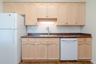Photo 11: 209 21975 49 Avenue in Langley: Murrayville Condo for sale : MLS®# r2390189