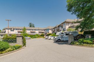 Photo 2: 209 21975 49 Avenue in Langley: Murrayville Condo for sale : MLS®# r2390189