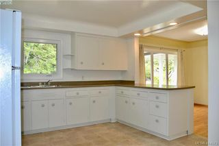 Photo 8: 3877 Grange Road in VICTORIA: SW Marigold Revenue Duplex for sale (Saanich West)  : MLS®# 414573