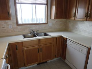 Photo 6: 15611 83A Street in Edmonton: Zone 28 House for sale : MLS®# E4169907