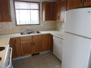 Photo 5: 15611 83A Street in Edmonton: Zone 28 House for sale : MLS®# E4169907