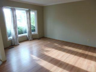 Photo 2: 15611 83A Street in Edmonton: Zone 28 House for sale : MLS®# E4169907