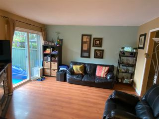 """Photo 2: 7 12120 189A Street in Pitt Meadows: Central Meadows Townhouse for sale in """"MEADOW ESTATES"""" : MLS®# R2457565"""