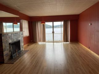 "Photo 4: 462 MARINE Drive in Gibsons: Gibsons & Area House for sale in ""Lower Village"" (Sunshine Coast)  : MLS®# R2457861"