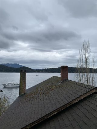 "Photo 12: 462 MARINE Drive in Gibsons: Gibsons & Area House for sale in ""Lower Village"" (Sunshine Coast)  : MLS®# R2457861"