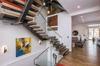 Photo 3: 14027 91A Avenue in Edmonton: Zone 10 House for sale : MLS®# E4203104