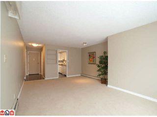 Photo 2: 109 1381 MARTIN Street: White Rock Home for sale ()  : MLS®# F1120082