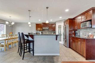 Photo 5: 208 Sheep River Cove: Okotoks Detached for sale : MLS®# A1039739
