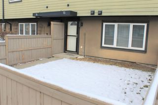 Photo 2: 73 3809 45 Street SW in Calgary: Glenbrook Row/Townhouse for sale : MLS®# A1055108