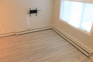 Photo 5: 73 3809 45 Street SW in Calgary: Glenbrook Row/Townhouse for sale : MLS®# A1055108