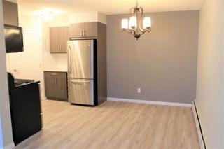 Photo 8: 73 3809 45 Street SW in Calgary: Glenbrook Row/Townhouse for sale : MLS®# A1055108
