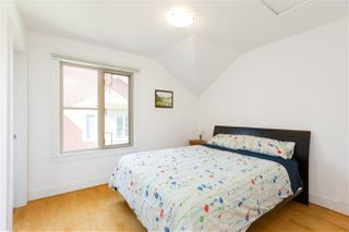 Photo 14: 256 W 17TH Street in North Vancouver: Central Lonsdale House for sale : MLS®# R2396645