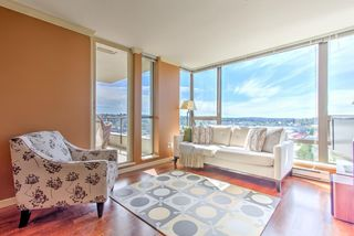"""Main Photo: 1808 4118 DAWSON Street in Burnaby: Brentwood Park Condo for sale in """"TANDEM TOWER"""" (Burnaby North)  : MLS®# R2401218"""