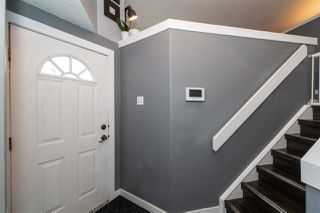 Photo 3: 359 WILD ROSE Way in Edmonton: Zone 30 House for sale : MLS®# E4177523